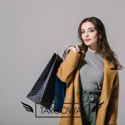 Co lubicie w zakupach stacjonarnych?😊 Jesteśmy bardzo ciekawi Waszych odpowiedzi ❤ .  #targowa1 #odziezmarkowa #promocje #fashion #fashionlovers #moda #markipremium #odziezdamska #odziezmeska #hit #zakupyonline #shoppingonline #shopping